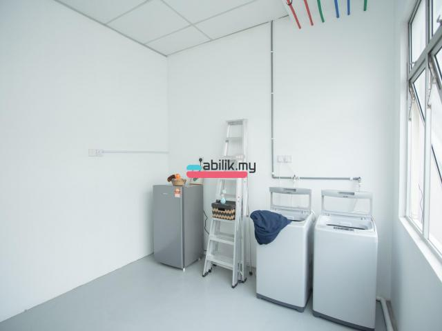 Bukit indah Shop Lot Room for rent - 10