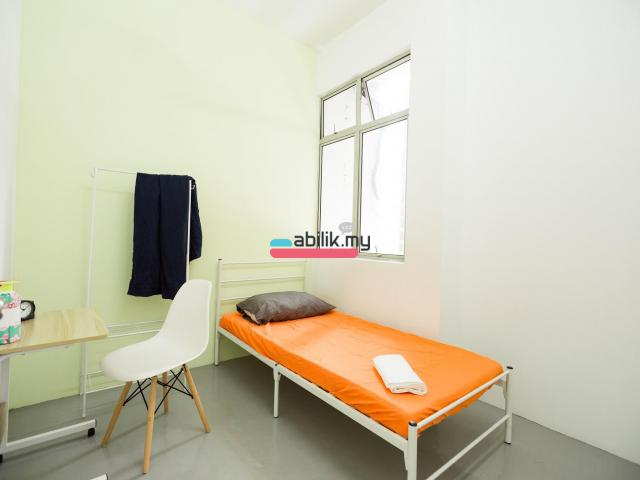 Bukit indah Shop Lot Room for rent - 13