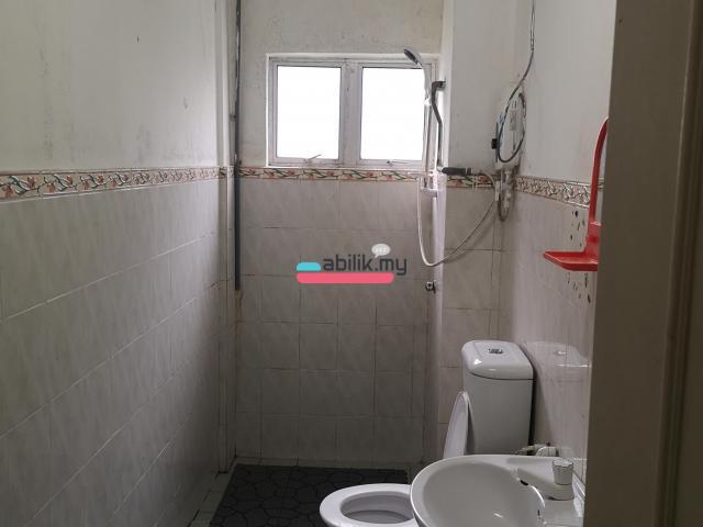 Desa skudai apartment (Room) - 4