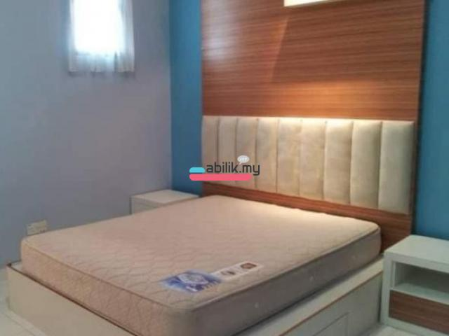 Bukit Indah 24 hrs gated and guarded fully furnished master bedroom - 1