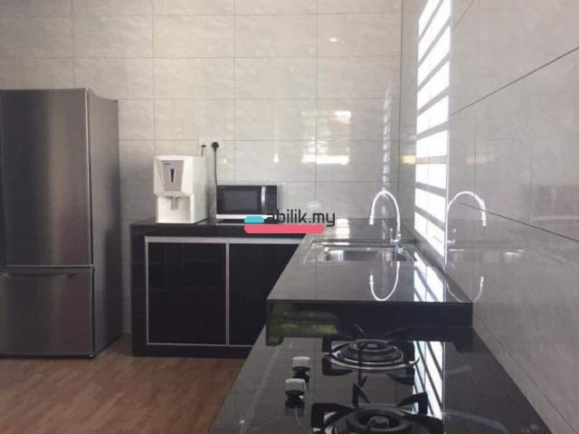 Bukit indah room for rent - 4