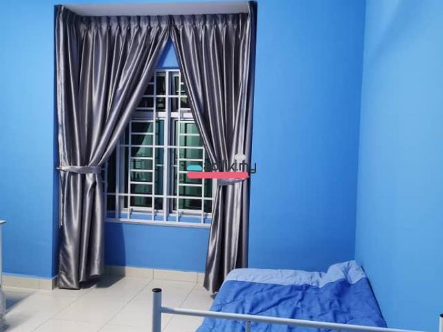Room for rent in Taman Scientex Senai - 1